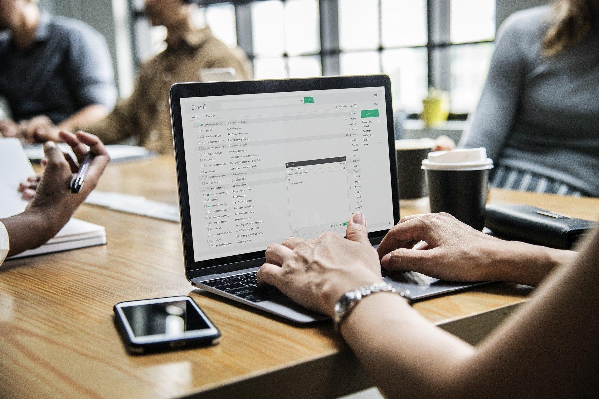 elektroninis parašas, dokumentų valdymas